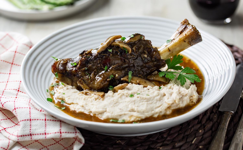 Braised Lamb over Creamed White Kidney Beans