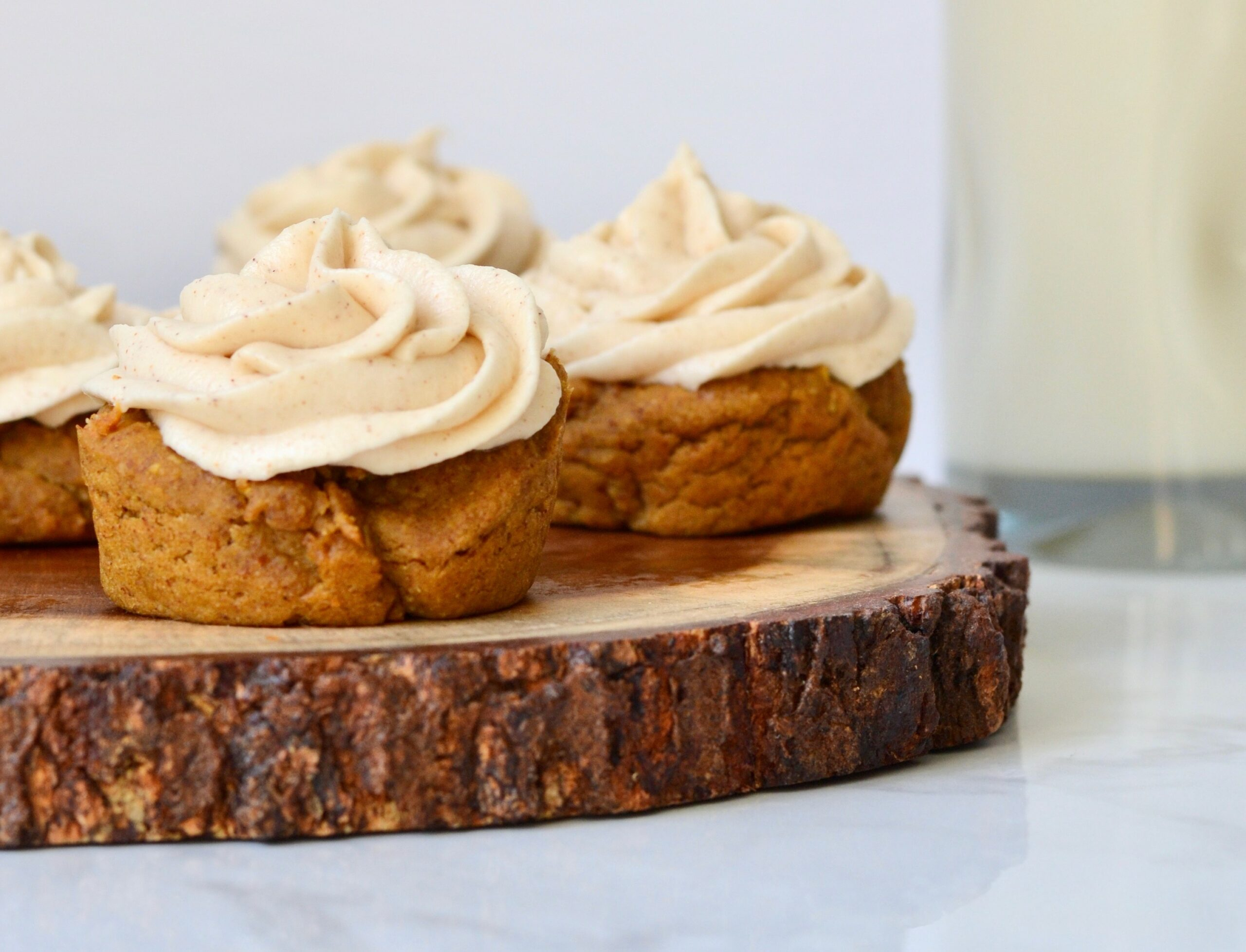 Pumpkin spice muffins with white kidney beans